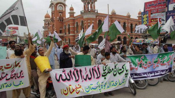 Hace-diplomacia-ministro-paquistani-Cachemira_TINIMA20130814_0353_5